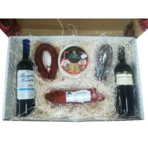 Cesta Navidad con ibéricos y vinos